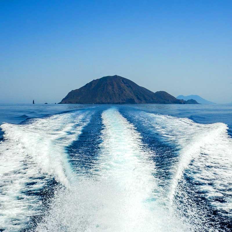 Arianna Escusioni alle Isole Eolie